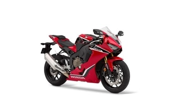 Honda CBR 1000RR Fireblade grand prix red