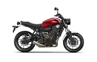 Yamaha XSR 700 red